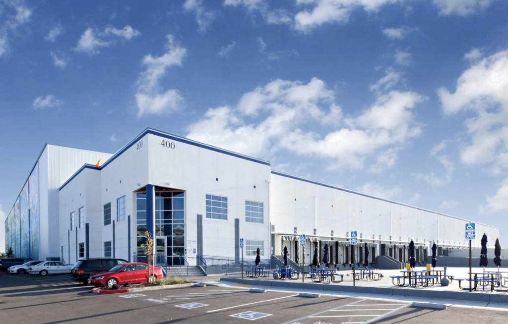 Commercial building of Industrial Warehouse in Philadelphia
